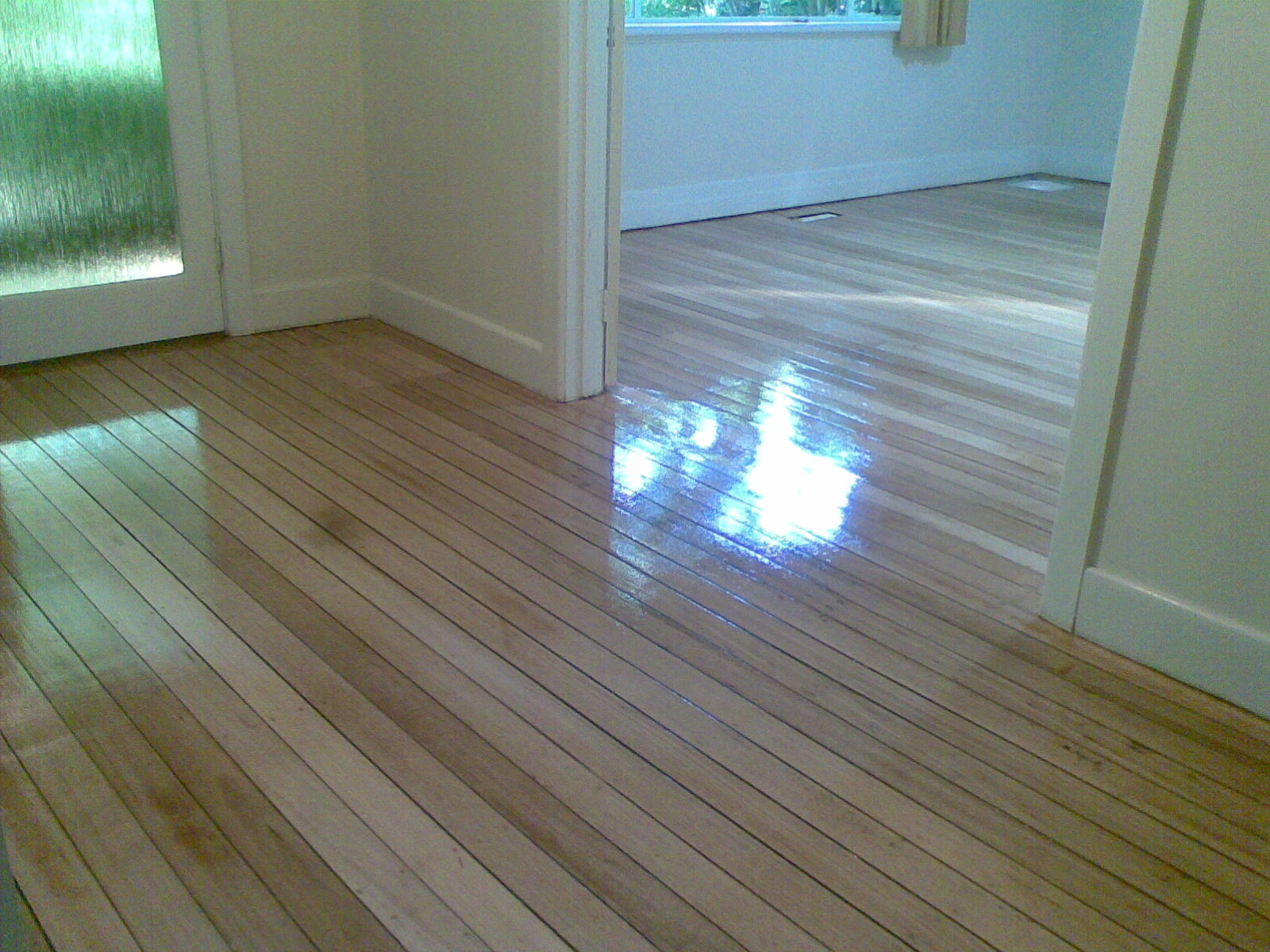 Is water based polyurethane vs oil based -  Hardwood Water Based Gloss